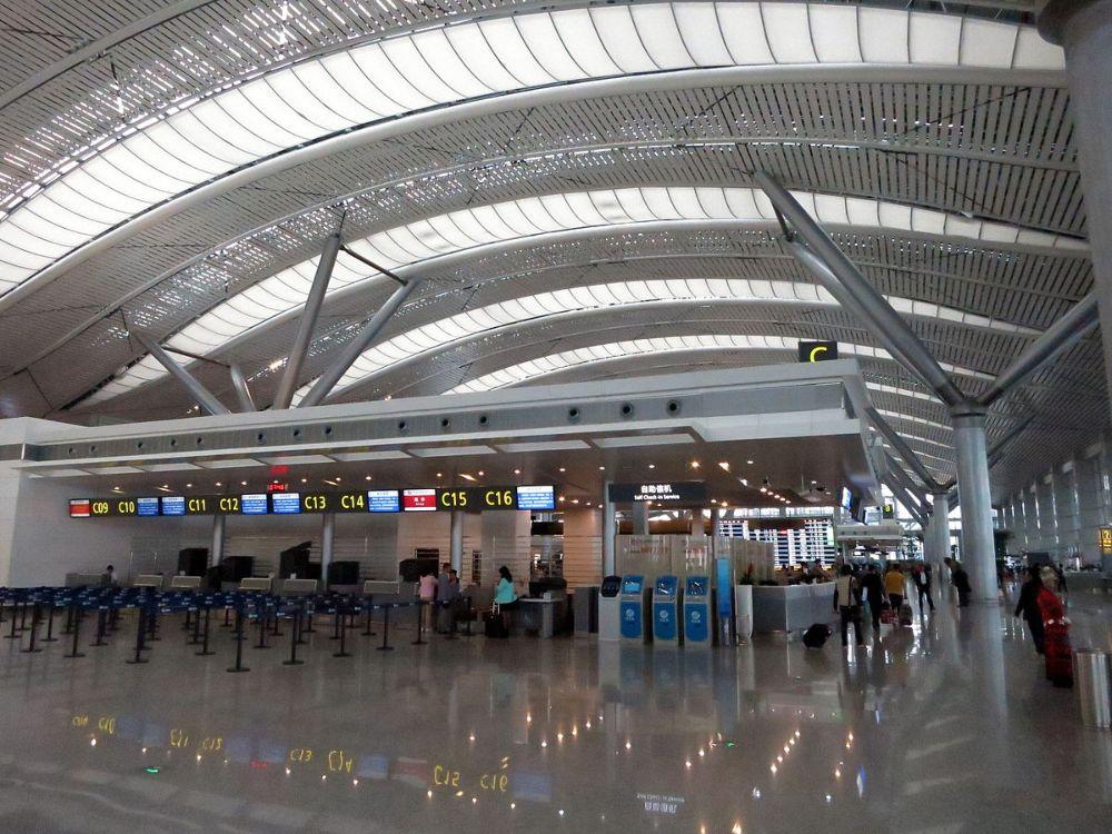 Фальшпол в аэропорт